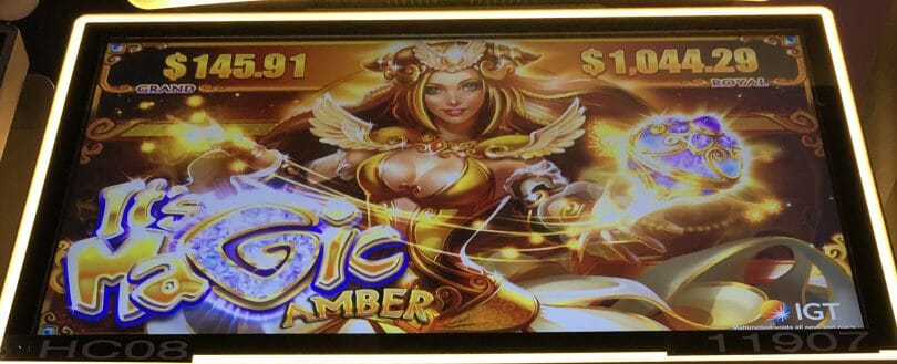 It's Magic: Amber by IGT top screen